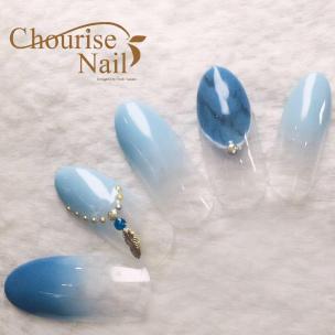 天然石やシェルで夏ネイル!青・ブルー系のネイルデザイン7選